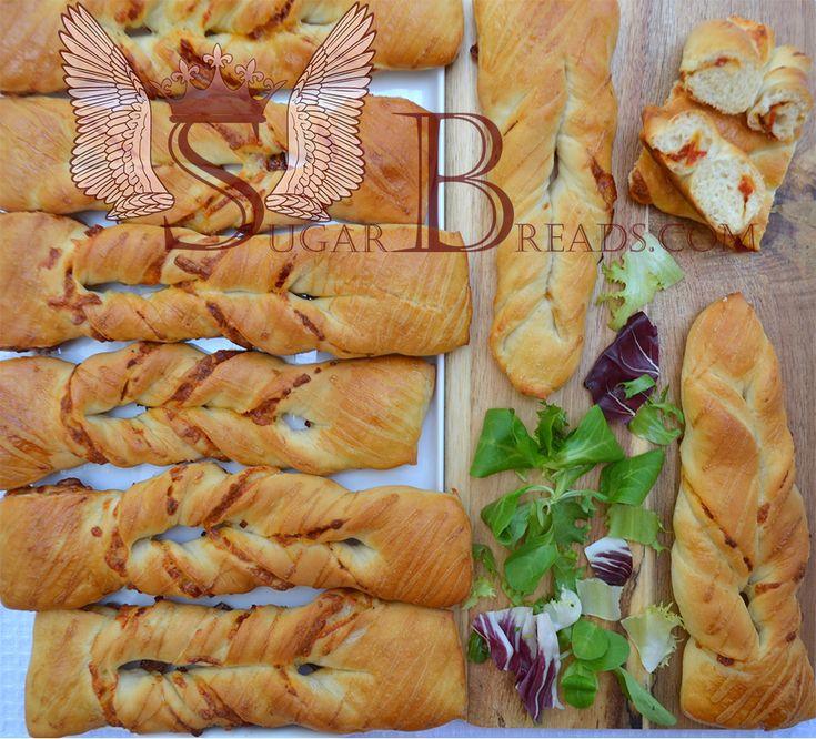 Twist με σαλάμι και μοτσαρέλα   Sugar & Breads in Greece
