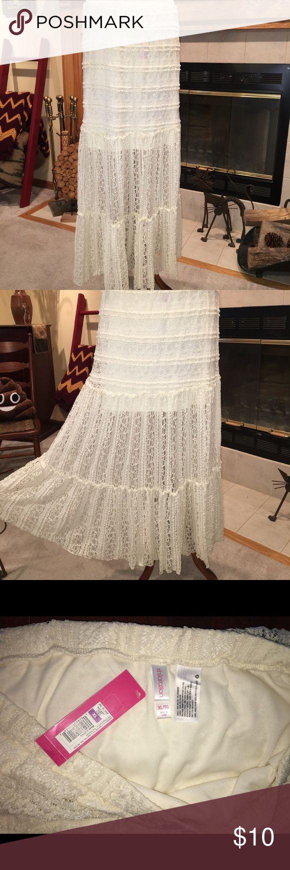 NWT boho lace maxi skirt Pretty boho lace maxi skirt. Lined to just above the knee. Xhilaration Skirts Maxi