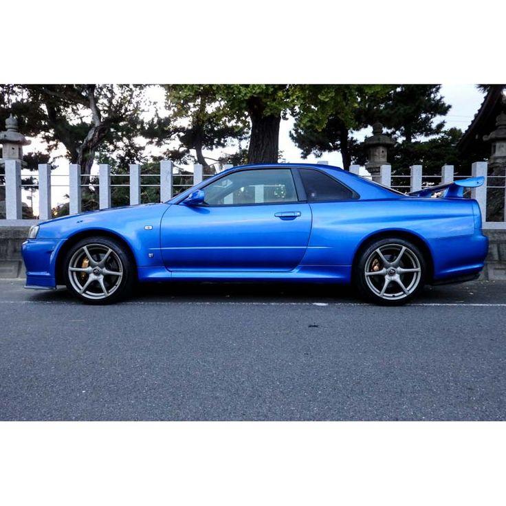 Nissan Skyline GTR R34 V Spec for sale in Japan Bayside