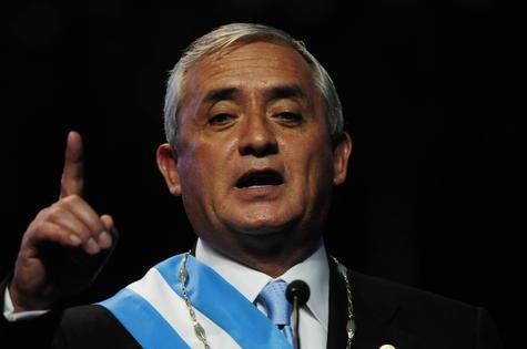 GUATEMALA PROPONE LEGALIZAR TODAS LAS DROGAS: Otto Pérez Molina, presidente de Guatemala, se ha convertido en el primer presidente en ejercicio en proponer la legalización de las drogas como mecanismo para combatir el crimen organizado.