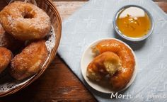 Frati fritti, si frati fritti e non fatti fritti, non mi stancherò mai di dirlo, questi buonissimi dolci sardi tipici del periodo carnevalesco che in sard