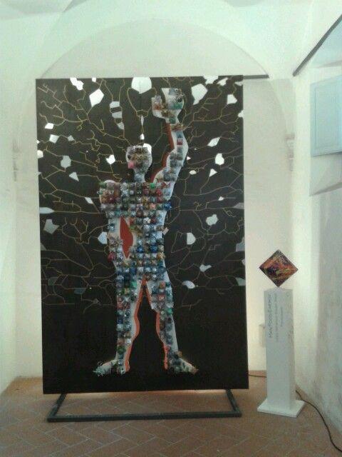 """""""Man/Food/Energy"""", classi 2A,1A,1B,1C Liceo artistico Stagi - mostra in Palazzo Moroni a Pietrasanta, fino al 2 giugno 2015."""