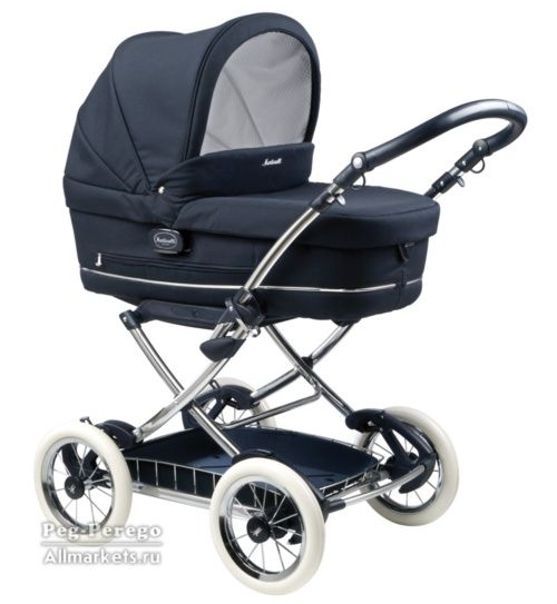 Peg-Perego Culla Martinelli Carrozzina - almost identical to the one mom had when I was young ;)