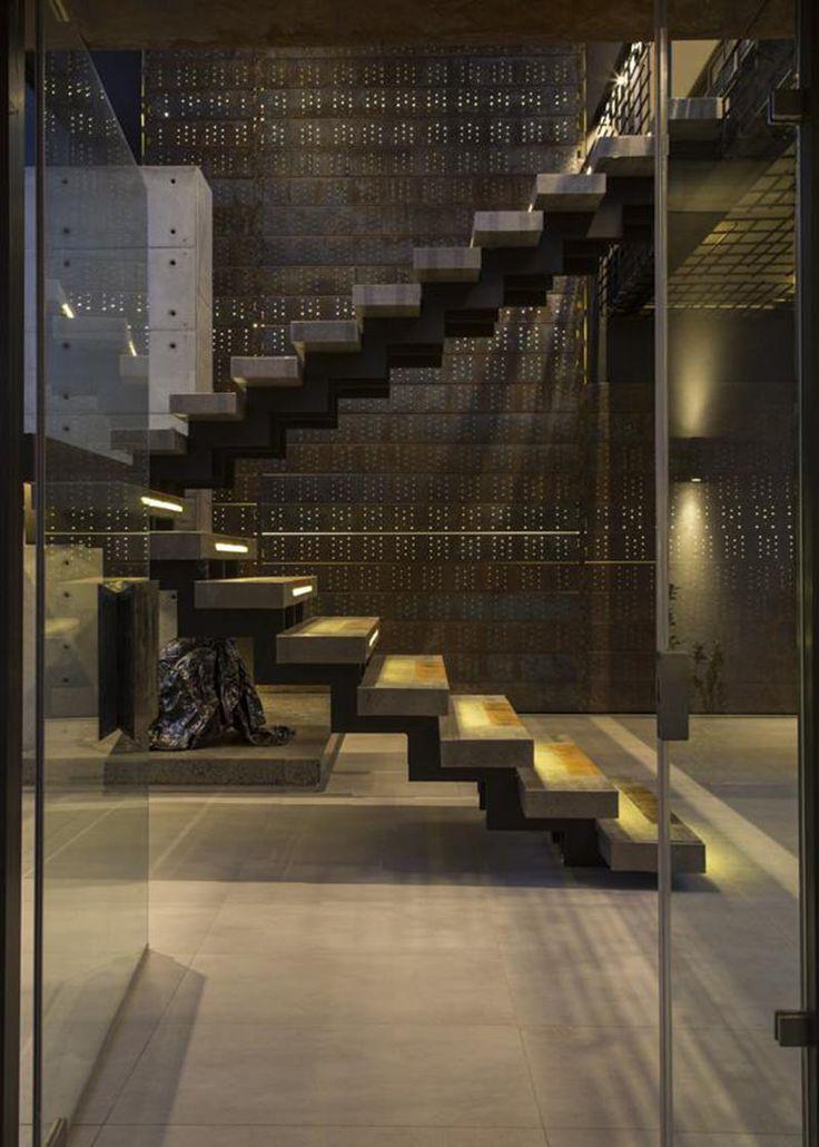 25 melhores ideias sobre escadas de concreto no pinterest for Gradas para interiores