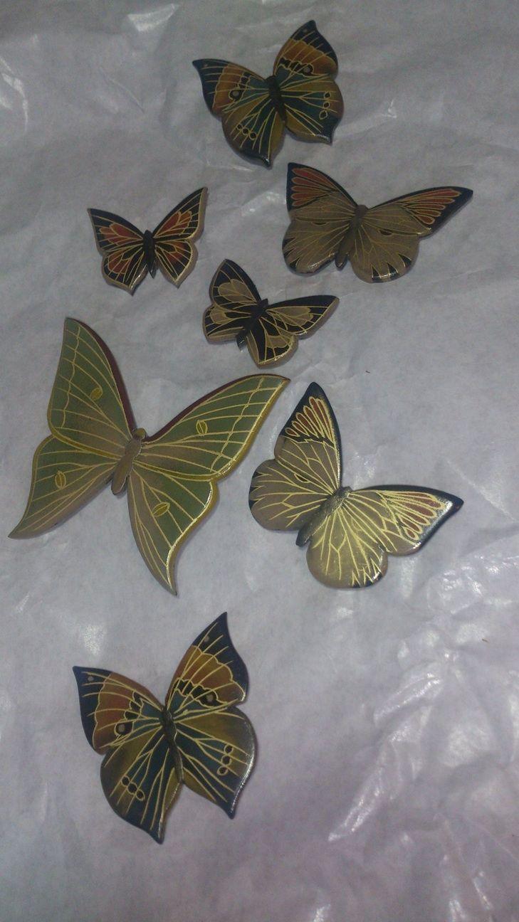 【彦根市の漆工芸家、坂根さんの作品を楽しみましょう】この作品は2013-12/21にUPしたものです。 蝶のブローチ明日か明後日にカフェ、イエティさんに持って行きます。クリスマスプレゼント展。