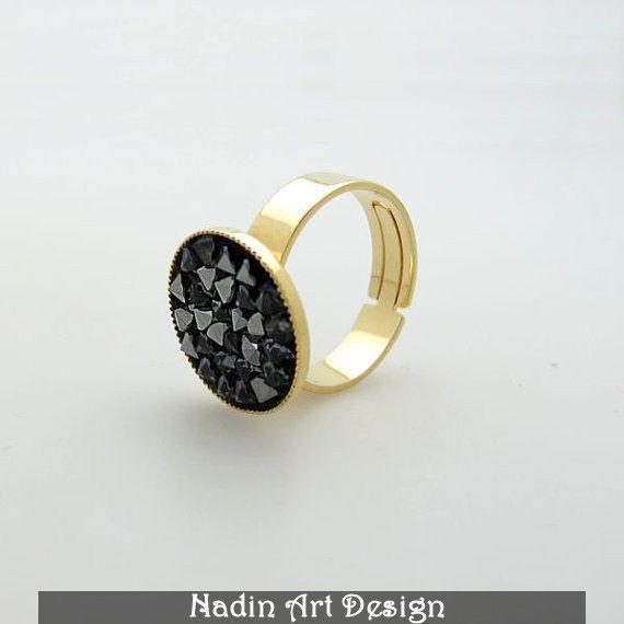 Gold und schwarze Kristalle Ring / Modering von NadinArtDesign auf DaWanda.com
