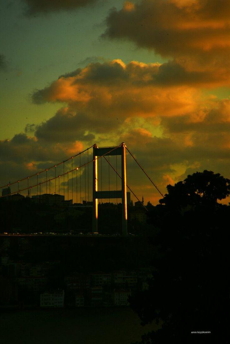İstanbul boğaz köprüsü. Fotograf: Emin Küçükserim