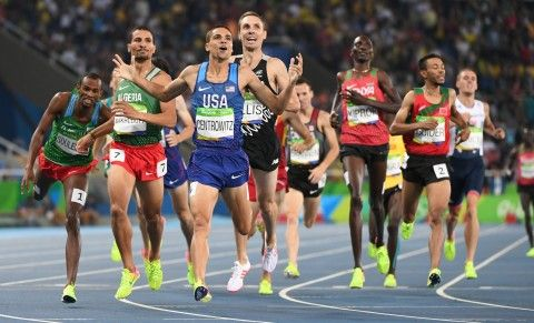 Matthew Centrowitz takes lead, and then gold in Olympic 1,500 meters -   .