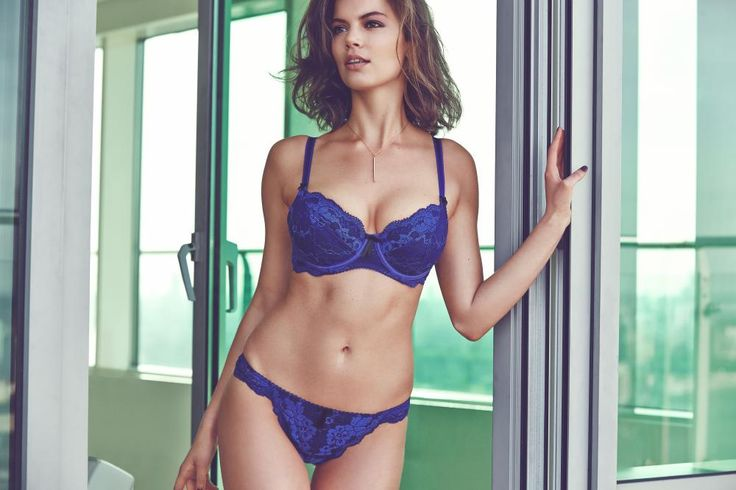 Pour Moi? Amour Padded Bra Set in Royal #SecretsOfTheCity #AW14Lingerie #figleaves