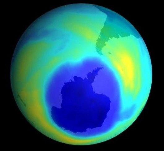 Nuevas mediciones en la Base Marambio En una de las atmósferas más puras que existen, Argentina mide la capa de ozono en el Pabellón Científico de la Base Marambio de la Antártida Argentina, en un proyecto conjunto con Finlandia que registró valores