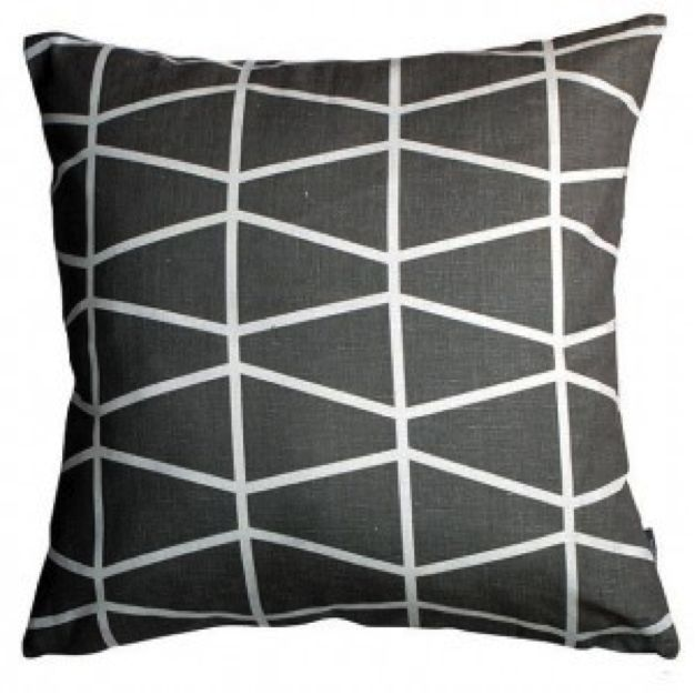 Spira Fasett Grey Swedish Cushion hus and hem