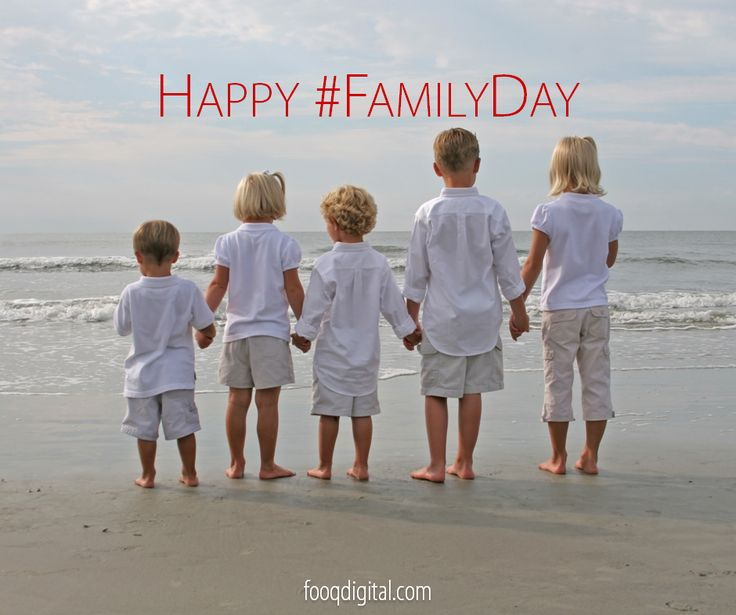 Thanks to #socialmedia we have become a FAMILY of 2 billion and growing! Happy #FamilyDay