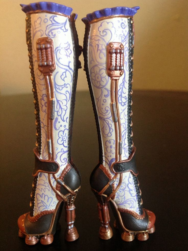 Robecca's boots. Inspo for when I repaint mine.