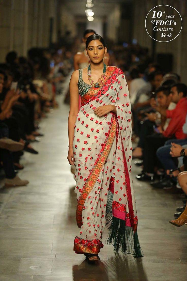 classic indian saree pattern   Manav Gangwani Indian Wedding Couture Fashion 2017