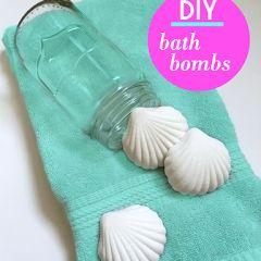 The Beauty Bar: DIY Bath Bombs