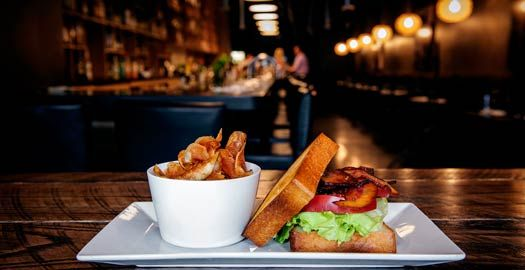 Indy Insider's Guide to Top 25 Local Restaurants - I need to try some of these places!
