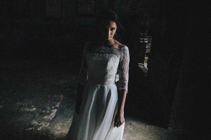 Full wedding soon over on my website. This is Hailey at #theasylum in Peckham  #londonweddings #fineartweddings #bridalinspiration #weddingdress #bridestyle #bridedress #weddingphotography #modernbride