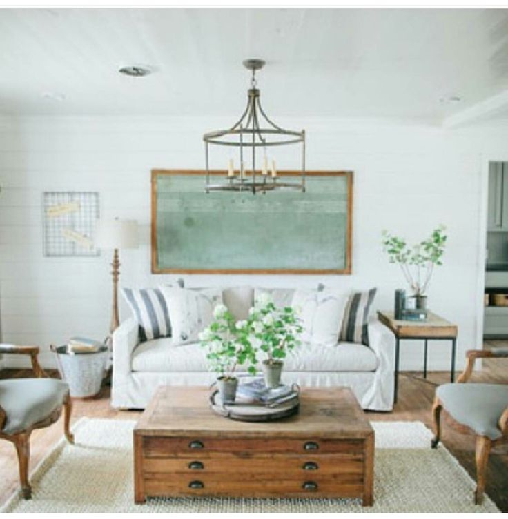 22 Signs Fixer Uppers Joanna Gaines Is Your Decorating Soul Mate Even If Country Chic Isnt The First Phrase Youd Use To Describe Decor Taste
