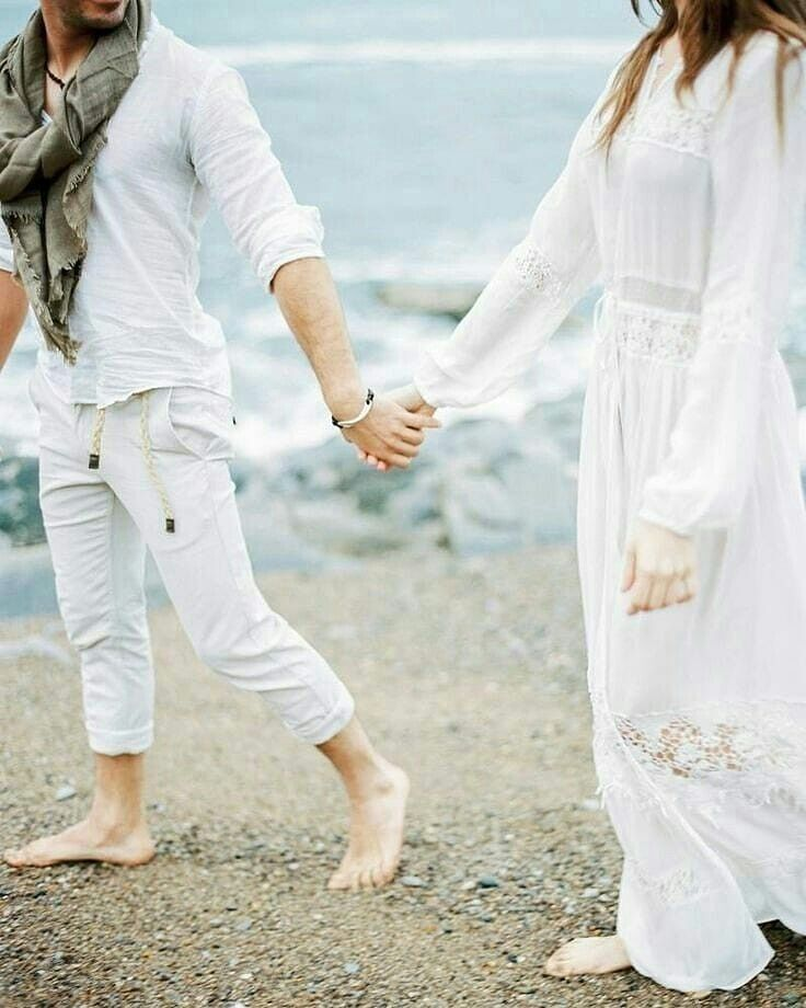 Dpz For Couples: Waaoo So Pretty White Love White. Mahira Nadira