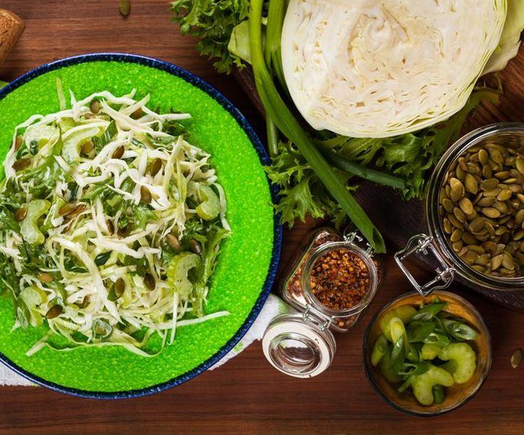 Louisiana Coleslaw: Authentieke salade van witte kool en wortel met frisse dressing