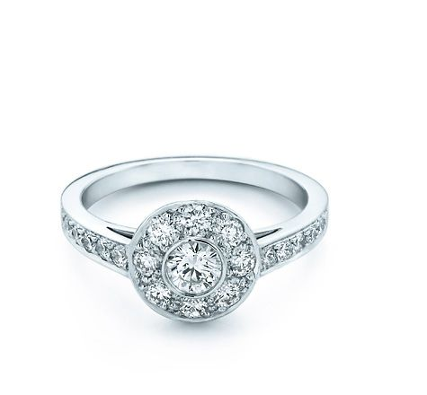 Tiffany & Co. - Tiffany Circlet. Gorgeous perfect ring