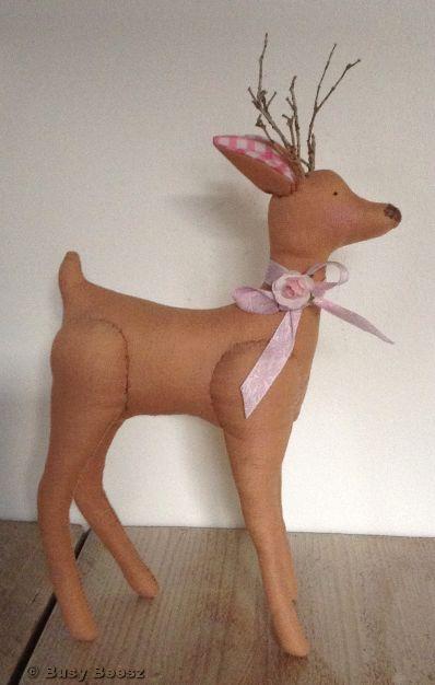 Tilda deer free pattern - Tilda hertje met patroon #tilda #sewingpattern