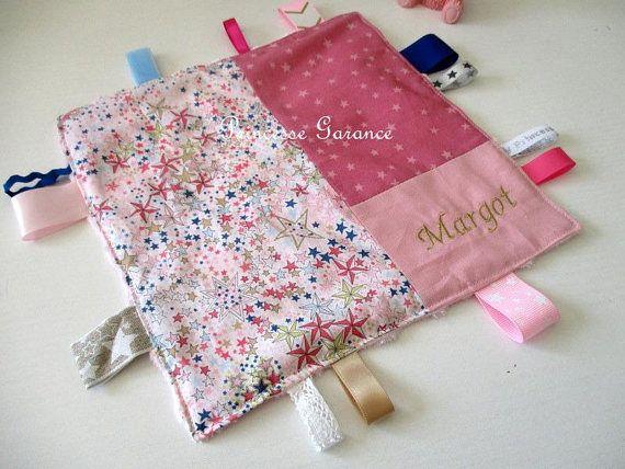 Doudou étiquette en coton et Liberty Adeladja rose