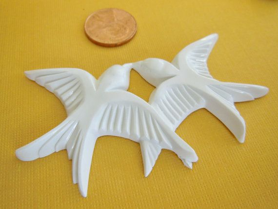 Vintage doves 2 pairs pendant charm White birds by a2zDesigns, $2.75