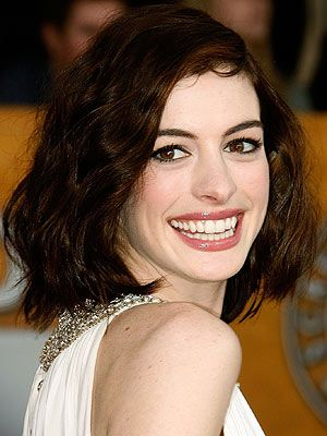 Google Image Result for http://img2.timeinc.net/people/i/2009/specials/sag/beauty/anne_hathaway.jpg