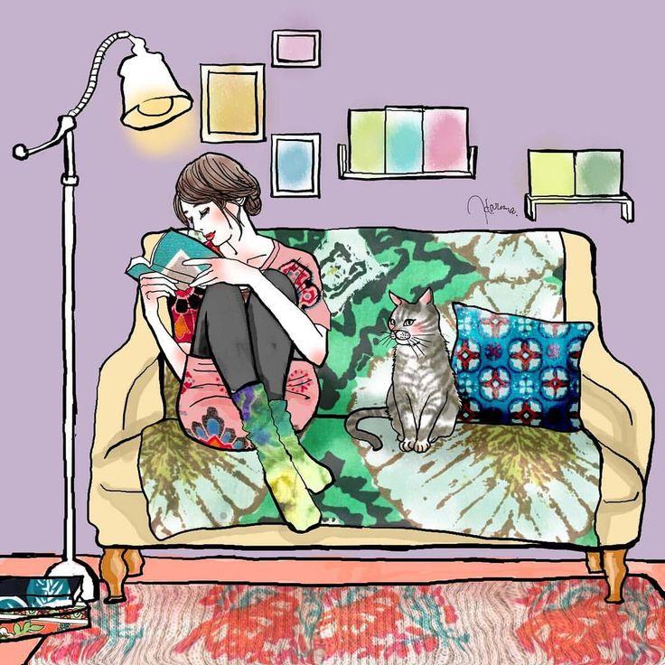 『猫と読書と大好きな場所』 猫が好きで本が好きで自分の部屋が好き。 そんな人が癒されるような空間を描きました。 インテリアのテキスタイルをずっとやってみたくて、やり出したら楽しくて没頭してしまった、、! #ファッションイラスト #インテリアイラスト #女性イラスト #猫イラスト #部屋 #北欧の部屋 #北欧テキスタイル #インテリアテキスタイル #ラグ #ソファカバー #クッション #読書 #本 #間接照明 #illustration #fashion #cat #interior #textile #woman