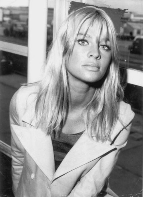 Julie Christie. Stunning. Timeless.