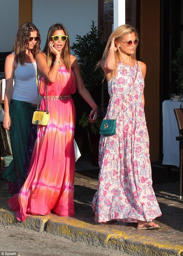 Maxi dresses for everyday wear in spain