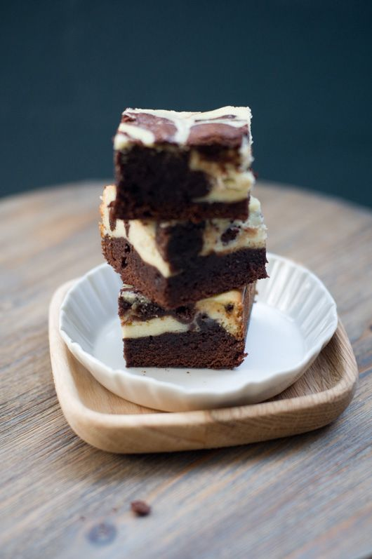 Ready for a delicious recipes for brownies? Why not, right? Hi everyone, it's Jillian here with this month's Delicious Bites post. With Easter just around the