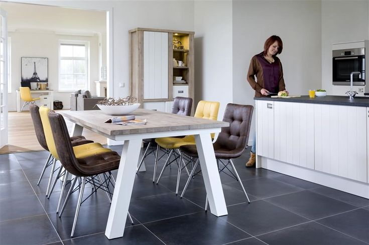 Isn't this a lovely kitchen? With an Istrana table and cabinet and chairs Alec & Alegra.