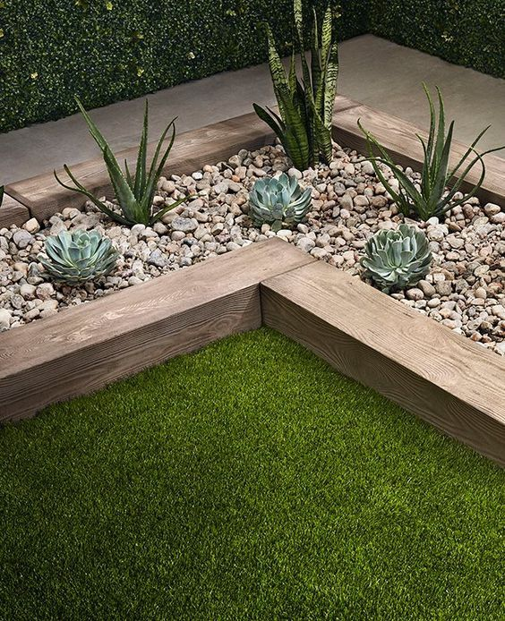 Garden Edging Stones, Patio Edging, Garden Pavers, Wood Edging, Stone Edging, Back Garden Design, Backyard Garden Design, Garden Bed, Wooded Landscaping