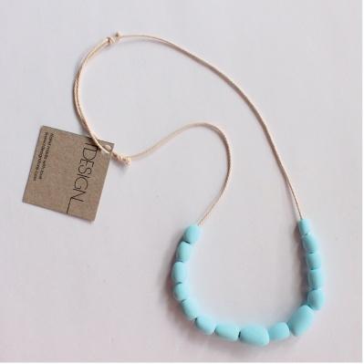 TDESIGN handmade sky blue pebble necklace