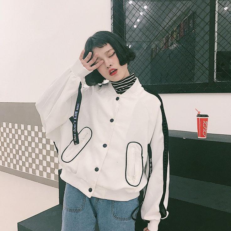 2017 レディースショート丈 ベースボール アウター 個性的 奇抜 POP 原宿系 ファッション スタジャン 個性 派手 カワ 青文字系 zipper kera