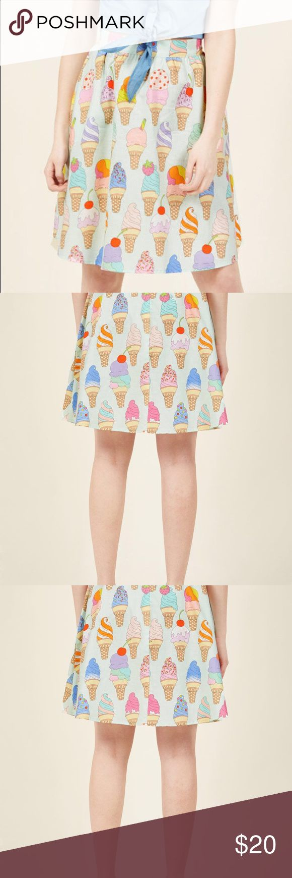 ModCloth ice cream skirt ModCloth ice cream skirt - only worn twice. Has zipper and elastic at waist. Modcloth Skirts
