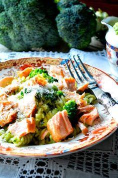 Fusilli com Salmão e Pesto de Brócolos e Amêndoa