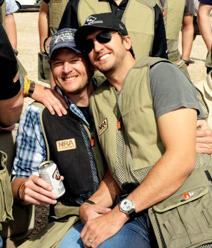 Blake Shelton, you are so beautiful and rugged <3 oh luke bryan you're pretty handsome too..