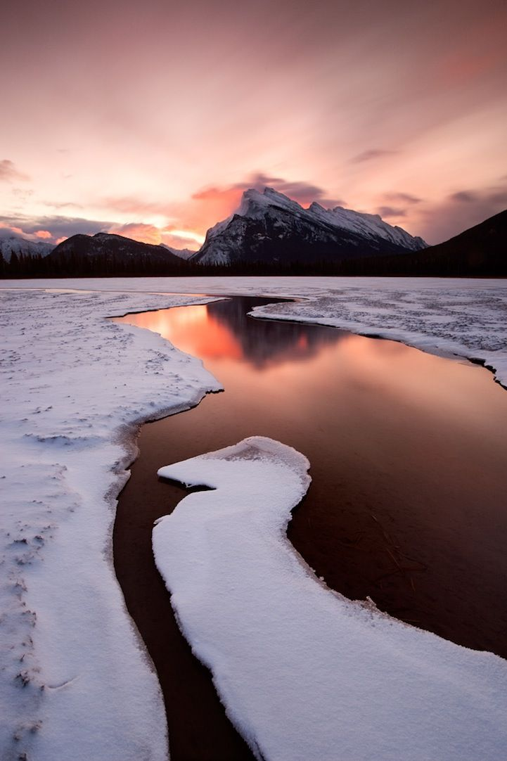 Ontario-based photographer Wayne Simpson captures some stunning, scenic landscapes of Canada.