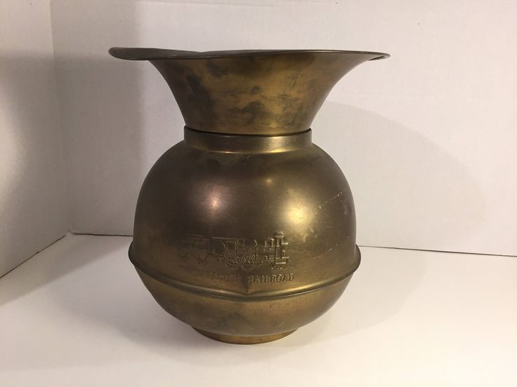 Spittoon, Union Pacific Railroad Spittoon by AngelsAtticToo on Etsy
