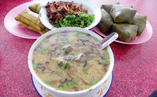 Resep Coto Makassar Yang Asli Dengan Kuah Kacang Tumbuk. Rahasia.id