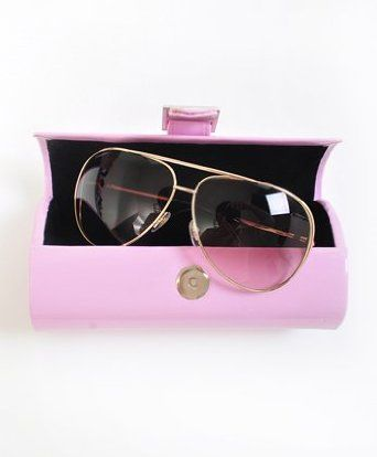 Round Hard Plastic with Magnetic Button Sunglasses Case, Pink boxed-gifts. $6.99