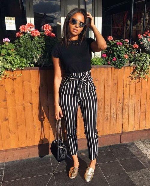 Wie man die gestreiften weiten Hosen diesen Sommer trägt – Janete Philipp
