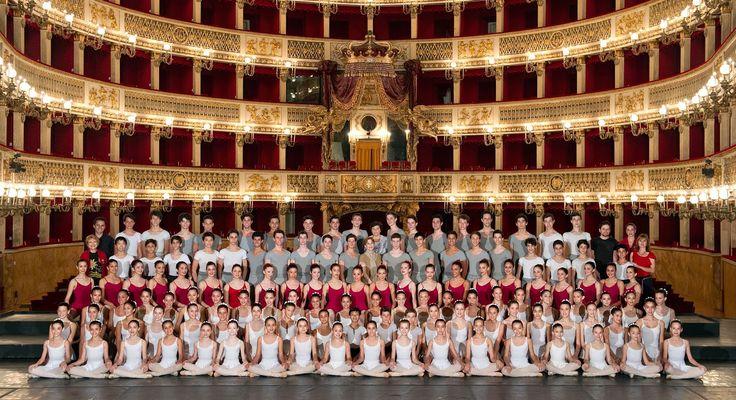 Gli allievi della Scuola di Ballo del Teatro San Carlo di Napoli