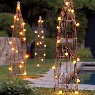 Unique Outdoor Christmas Lights | Lights2