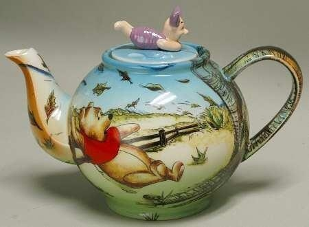 Teapot with Winnie the pooh