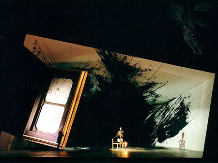 Pique Dame. Set design by Richard Hudson.