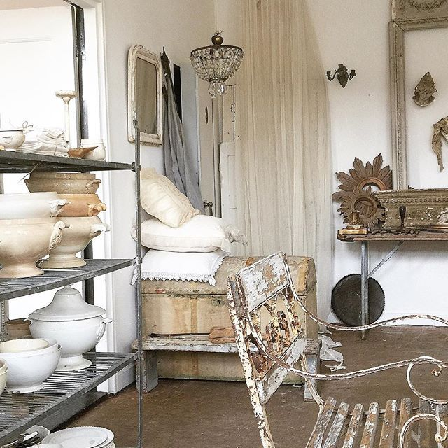 Vintage French Home Decor: 3855 Best White And Vintage Images On Pinterest